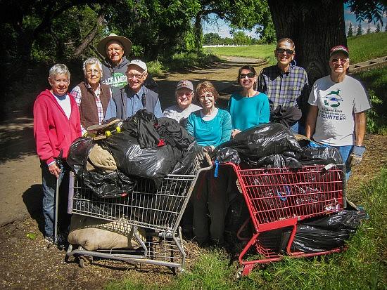 UU Mile Cleanup 4-23-16-3